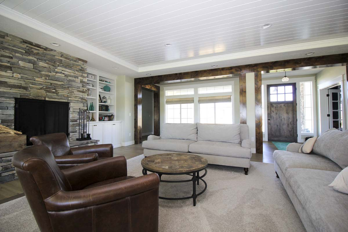 Canyon Lake Custom Home Living Room (3)